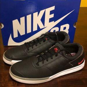 VNDS Nike SB Zoom FP Black/Red sz12
